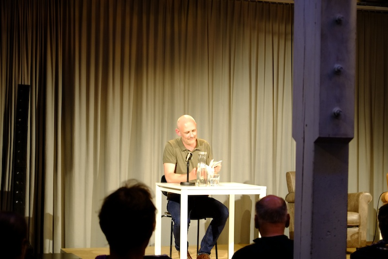 Buchvernissage_Stephan Büchenbacher © Philosophicum_4.jpg
